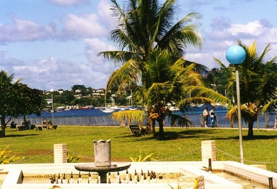 Port Vila town harbour park